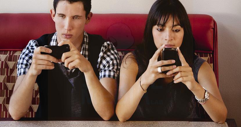 Antes de irse a dormir, el momento de mayor actividad con el móvil