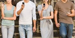 ¿Crees que en 2015 crecerá aún más el uso del smartphone para consultar social media o que se estabilizará?